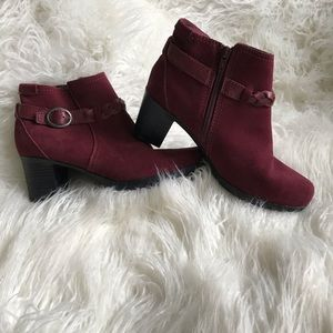 CLARKS RASPBERRY RED SUEDE LEATHER HEELED BOOTIES